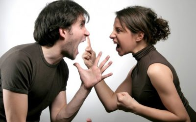 Как негативните модели на мислене разрушават комуникацията в двойката